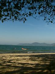 Paraty (Daniel Pascoal) Tags: sea sky praia beach public paraty boat mar barco rj céu danielpg paraty2007 danielpascoal