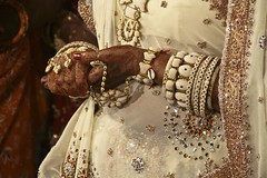 Indian bracelets & rings (BriceFR) Tags: wedding india girl women indian jewelry bijoux bijou ring bracelet pearl pierres mariage gem perle jewel wedded perles prcieuses jewelllery parure
