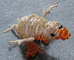 Patito amarillo. (naiarais) Tags: animal handmade pato patito artesania manualidades abalorios hechoamano bolitas hechopornaiara animalesdebolitas