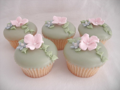 Cupcakes with sugar Hydrangea flowers
