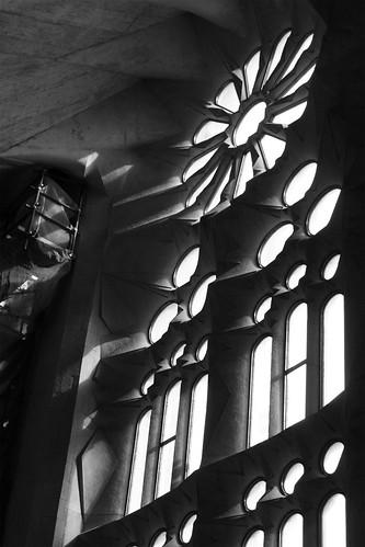 sagrada família: window closeup