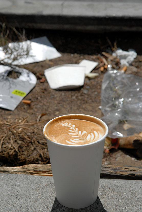 Blue Bottle latte on sidewalkDSC_4950