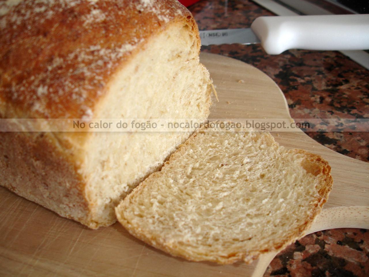 Pão de aveia e soro de iogurte - cortado