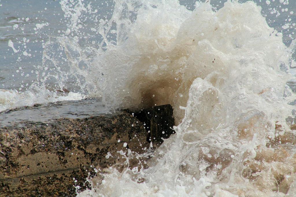 Wave - Golspie North Beach