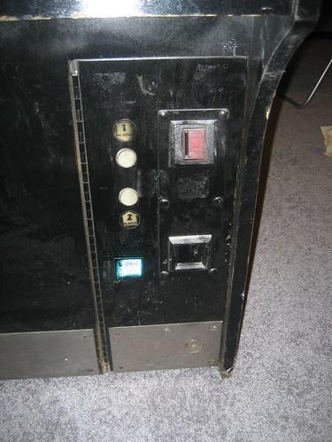 maketrax-coindoor