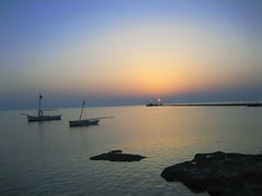 Coucher de soleil  kerkenah (soufi2) Tags: sunset sea beach beautiful boat tunisia coucher bateau paysage tunisie 2007  sfax    irresistiblebeauty