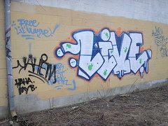 Live (ɹǝɥʇoɯ ɹǝɥʇɐɟ) Tags: graffiti richmond va liver mtc