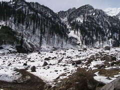 Snow point (pallav moitra) Tags: manali