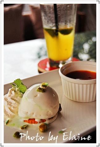 焦糖烤布蕾襯青蘋果冰淇淋