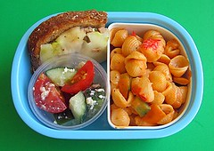 Mac & cheese lunch for preschooler