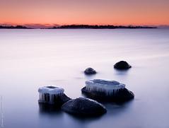 Hats of ice (Rob Orthen) Tags: longexposure winter sea sky rock suomi finland landscape nikon europe scenic rob nd scandinavia talvi meri maisema vesi pinta d300 kirkkonummi gnd porkkala 175528 nohdr leefilter orthen ostrellina roborthenphotography seafinland 09hardgrad