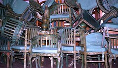 chaos (ulibrsrkr) Tags: blue cafe chaos chairs muse ahaus stuehle