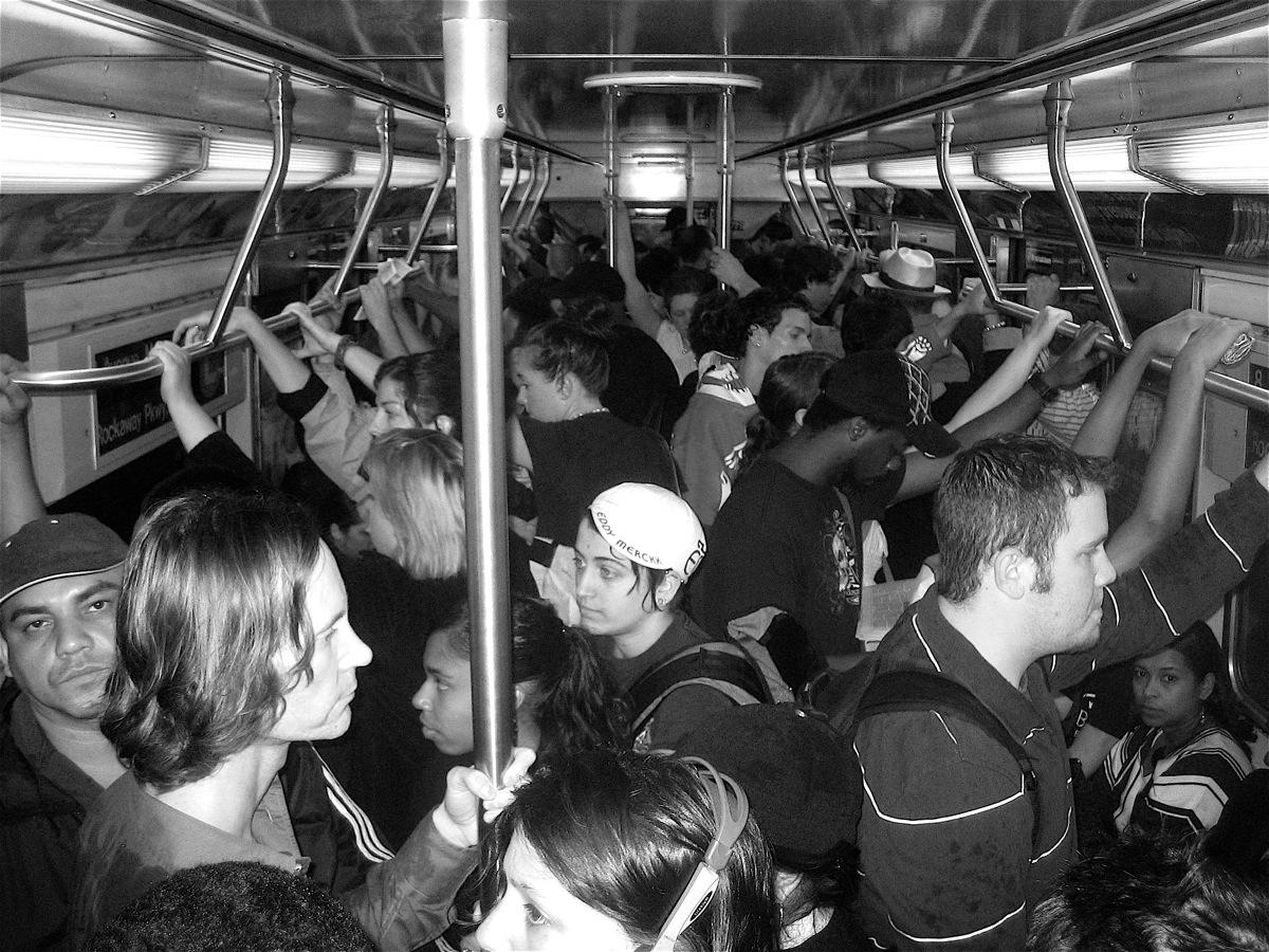 L-train, 9:40 am