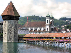 Oldest wooden bridge in Europe (Bn) Tags: switzerland swiss watertower luzern lucerne topf100 wasserturm chapelbridge