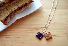 pb & j (sevenworlds16) Tags: friends necklace sandwich best butter peanut jelly ever pbj cutest ihavenever thisnecklacewaswrapped asagifttome frommybestfriendsdog youknowwhatisthebest gottenapresent fromadogbefore