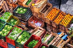 vegetables (Omar Junior) Tags: frutas colors verduras geotagged high dynamic pentax d vegetable mercado junior imaging omar mapping ist range tone hdr pentaxistd vegetal hdri mapped vegetales highdynamicrangeimaging impressedbeauty sigmaultratelephotozoomapo170500mmf563 geo:lat=30031459 geo:lon=51234516