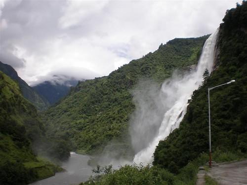 Madhuri Falls! Jang, Tawang