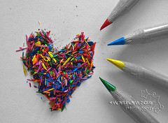 sharpened heart. (*northern star) Tags: blue red blackandwhite bw verde green yellow pencil pencils canon blu d explore giallo getty concept conceptual rosso biancoenero gettyimages matite onexplore northernstar catchycolorsrainbow pastelli explored donotsteal 200faves allrightsreserved superaplus aplusphoto superhearts heartaward platinumheartaward ishkolorkraft northernstarandthewhiterabbit northernstar bculwinner tititu usewithoutpermissionisillegal northernstarphotography ifyouwannatakeitforpersonalusesnotcommercialusesjustask gabriellatramontano