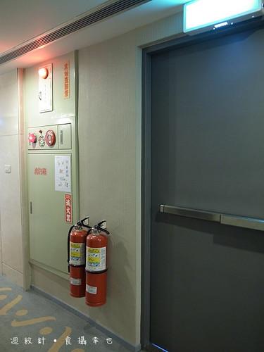 成旅晶贊逃生門與防火設備