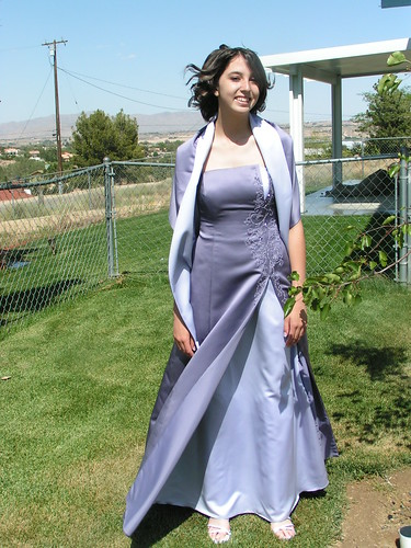 Features the Latest Prom Dresses Hairstyles Makeup and Advice.