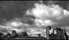 Kells Priory 5 (The Church Collector) Tags: ireland 15fav ruin medieval ruine ruina monastery monasterio monastere kloster mosteiro rovine monestir kellspriory klosterruine prieure
