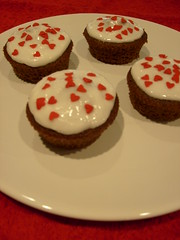 Anniversary (ingridesign) Tags: red love hearts cupcakes anniversary inlove celebrating madly deeply 4years