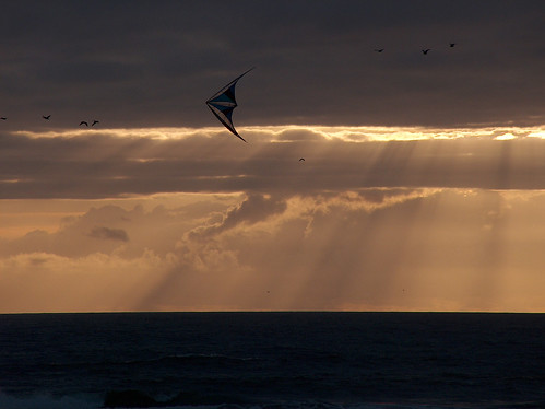 69-Cape Disappointment Sunset Kite