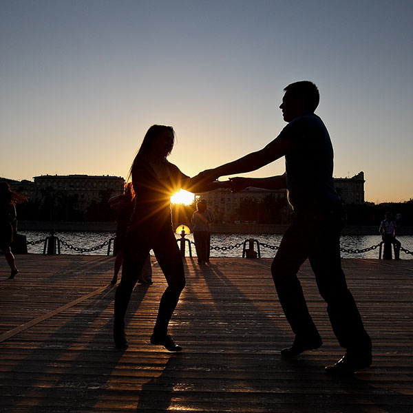 Street dances / Уличные танцы