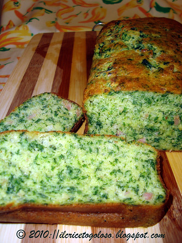 Cake con bacon e spinaci