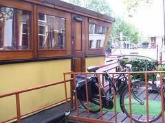 Casa flotante (ingnancyaleman) Tags: amsterdam marken