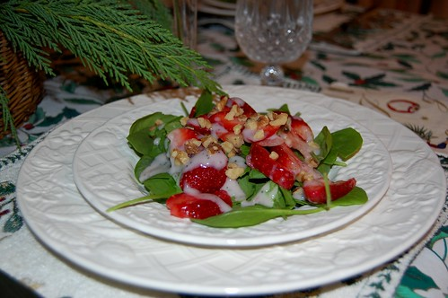 Strawberry Spinach Salad with Yogurt Poppy Seed Dressing