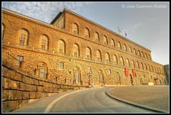 Palacio Pitti 0009 HDR (elyuyu) Tags: italy canon florence italia palace tuscany florencia firenze toscana palazzo pitti hdr yuyu palacio photomatix