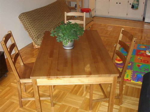 Dining table set - SOLD !