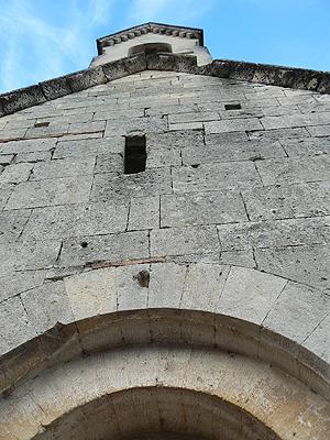 eglise St Pantoléon.jpg