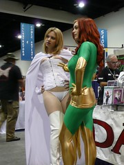 Marvel Girls (OldManMusings) Tags: sandiego marvel comiccon sdcc07