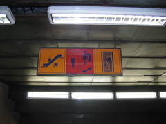 metro de bucarest (luis echanove) Tags: sign romania rotulo bucharest bucuresti rumania rtulo bucarest rumana echanove echnove