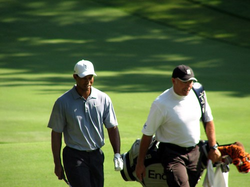 Tiger Approaching 18th Hole