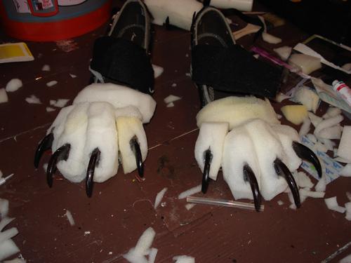 feet claw