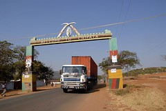 TRUCKING IN ZAMBIA (Claude  BARUTEL) Tags: africa truck transport zambia trucking scania chipata