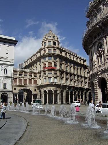 Piazza de Ferrari[2]