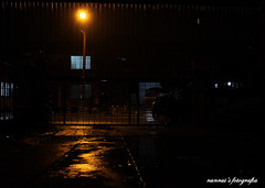 di kala hujan membasahi bumi (norhafydzahmahfodz™) Tags: house home wet night canon eos cool shot wind shutter lonely raining taman sejuk basah hujan angin dramtic gela perumahan 50d kegelapan dramtik nunnui