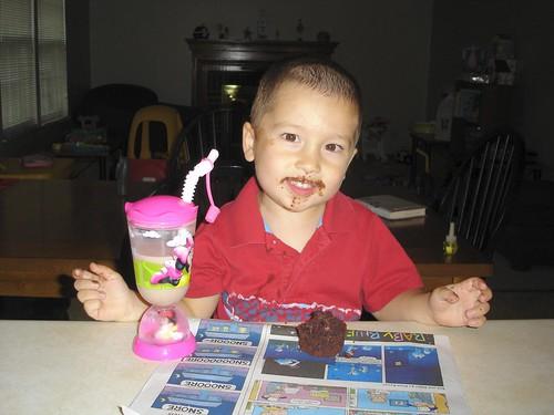Senor Mason likes cake