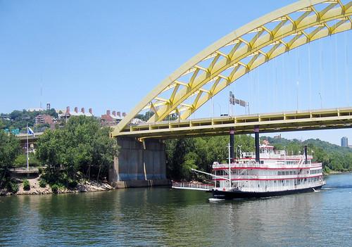 ohio cincinnati riverboat