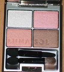 Lunasol Skin Modeling Eyeshadow palette Pink Beige