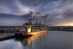 "Ship Portrait - ""Sealand Florida"" (OneEighteen) Tags: port harbor marine barco ship houston nave maritime schiff pilot containers buque barbourscut navira sealandflorida"