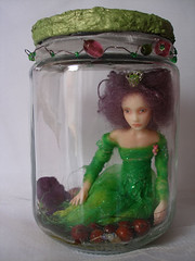 SE#06 ~ Captured Fairy (Nenfar Blanco) Tags: sculpture art doll ooak captured polymerclay fairy jar faerie hada fae arcillapolimrica nenufarblanco