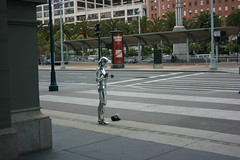 C3PO in San Francisco (Swami Stream) Tags: sanfrancisco california portrait india canon star different unique candid beggar r2d2 wars swami tinman c3po swaminathan innovative conranshop xti swamistream swamistreamcom
