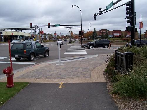 Sidepath at Signal