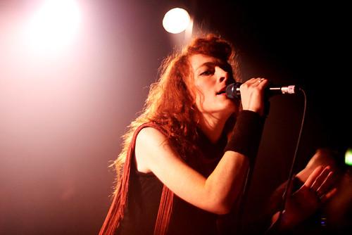 Melissa Auf der Maur - Scala