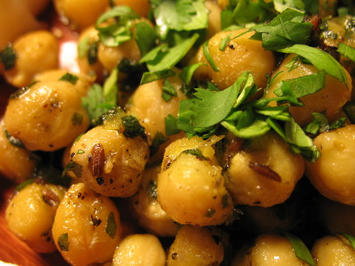 chickpeas with zhough